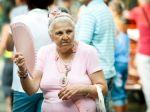 Penzistom sa zvýšil starobný dôchodok o 13 eur