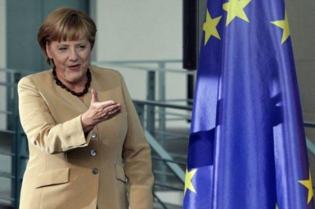 Príliš silné euro je podľa Angely Merkelovej v poriadku