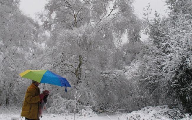 Perinbaba je späť, sever a východ bojujú so snehom