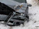 Opitá vodička vrazila do policajtov, skončila v priekope