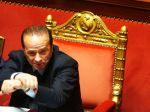 Predseda EP varuje Talianov pred znovuzvolením Berlusconiho