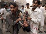 Pakistanskí militanti zabíjali vo vladnej budove
