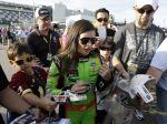 Danica Patricková si na triumf v NASCAR musí ešte počkať