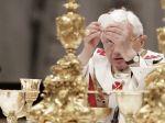 Konkláve bude skôr, kardinál s hriešnou minulosťou skončil