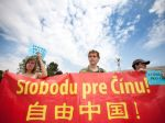Slovensko navštívil vicepremiér Číny, aktivisti protestovali