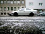 Na cestách je utlačený sneh, hrozí vznik poľadovice
