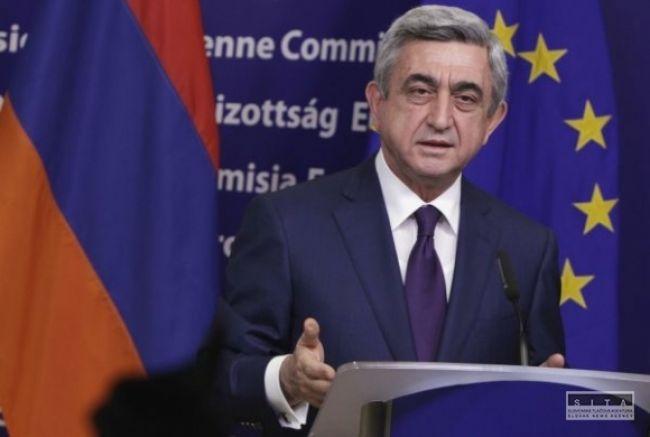 Serž Sargsjan zrejme naďalej ostane prezidentom Arménska