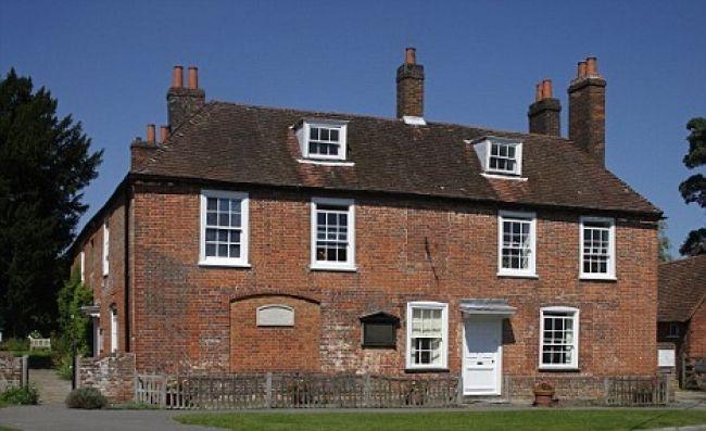 Dom spisovateliek Brontëových už vyzerá ako za ich čias