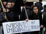 Hollande navštívi Grécko, neprivítajú ho ako Merkelovú
