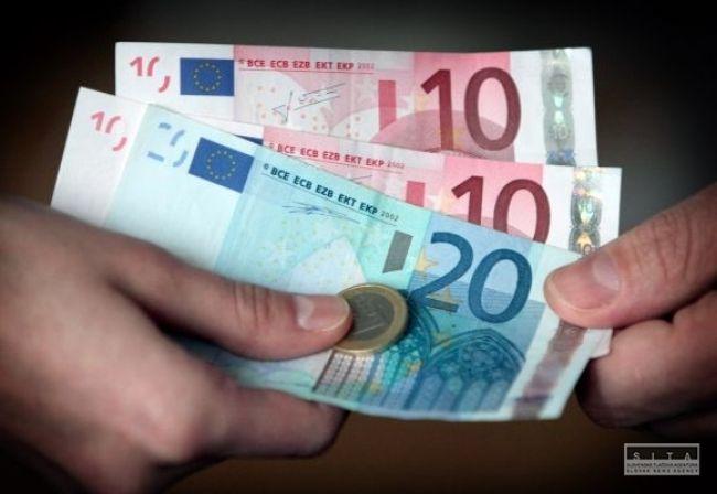 Sociálna poisťovňa vyplatila vlani menej garančných dávok