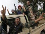 Líbya sa chystá na oslavy povstania, uzavrie hranice