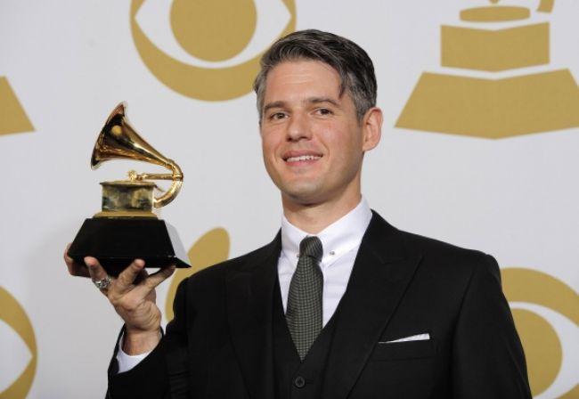 Hudobným producentom roka je Paul Epworth