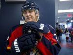 Rus Kovaľov končí s hokejom, od Floridy žiada celú mzdu