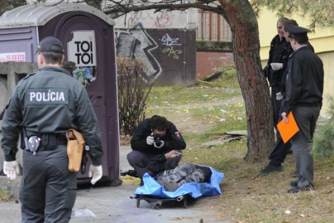 V Prešove našli telo mŕtvej ženy, bola do pol pása nahá