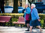 Starobné dôchodky medziročne vzrástli o viac ako 13 eur