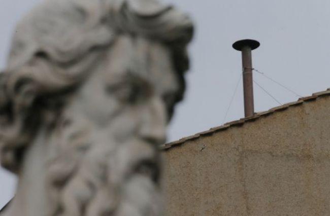 Čierny dym po prvej voľbe pápeža sa očakával, hovorí Kováčik