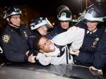 V Brooklyne počas sviečkového pochodu zadržali desiatky ľudí