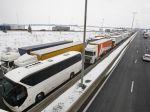 Sneh ochromil Maďarsko, uväznil slovenských školákov