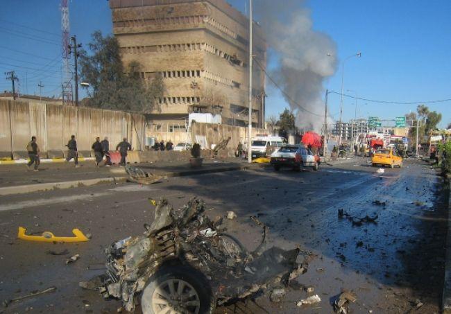 Útoky pred výročím americkej invázie zabili 50 Iračanov