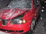 Opitý tínedžer zrazil dve dievčatá