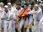 Zranený Novak Djokovič priviedol Srbov do semifinále