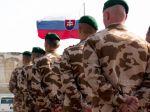 Slovenskí vojaci uviazli na ceste z Afganistanu