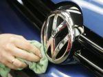 Volkswagen predal menej áut, klesol dopyt v USA a Európe