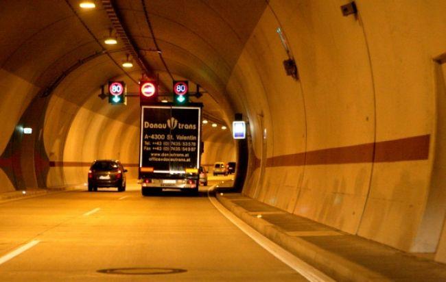 Tunel Sitina uzavrú pre jarnú údržbu