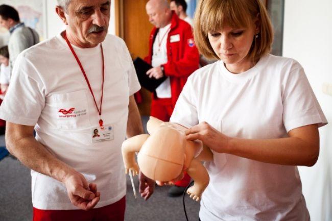 Obrazom: Ministerka zdravotníctva skúsila kurz prvej pomoci