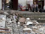 Počet obetí po zemetrasení v Číne pribúda, sú ich desiatky
