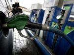 V Limbachu odklonili dopravu, z nádrže vyteká benzín