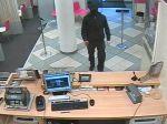 Ozbrojený muž prepadol banku v Bratislave