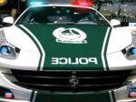 Video: Luxusné policajné autá v Dubaji