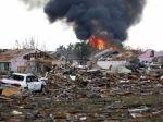 Video: Silné tornádo znivočilo Oklahomu, počet obetí znížili