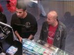 Vyšetrujú krádež, podozriví nemali peniaze na lístok