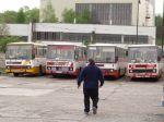 Autobus pri cúvaní prešiel Prešovčana, zomrel na mieste