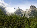Vysoké Tatry klesajú, na Slovensku hrozia zemetrasenia