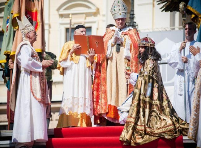 V Bratislave korunovali kráľa Leopolda I.