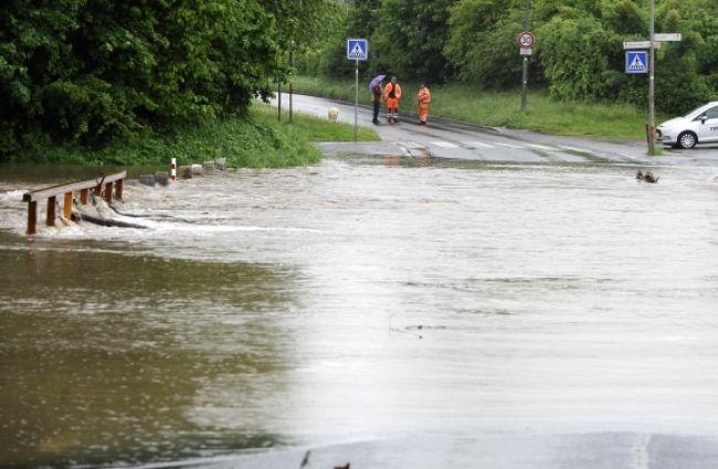 Nemecko vyhlásilo varovania, krajine hrozia ďalšie záplavy