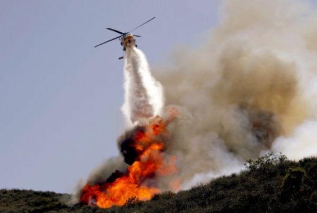 Kaliforniu a Nové Mexiko sužujú požiare, evakuovali ľudí