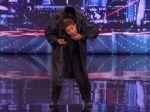 Video: Neuveriteľný tanečník