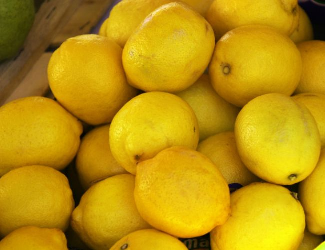 Raňajšia očista tela citrónovou vodou