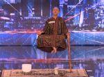 Video: Levitovaním nadchol všetkých