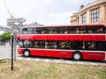 Bratislava má novú atrakciu, poschodový autobus