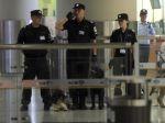 Číňan na invalidnom vozíku odpálil bombu na letisku