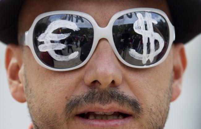 Hodnota eura voči doláru sa nezmenila