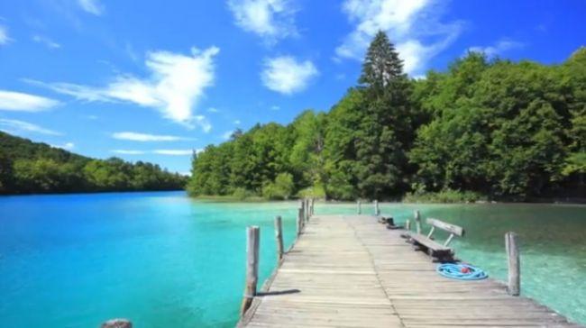 Video: Rajská dovolenka aj bez mora? Na najkrajších jazerách Európy!