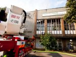 Do budovy VÚVH poškodenej požiarom vstup neodporúčajú