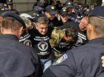 Chorvátski veteráni protestujú ďalej, smerujú do Záhrebu