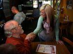 Americká barmanka dostala rekordné prepitné - 17 500 dolárov